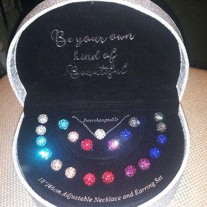 Interchangeable necklace & earring set